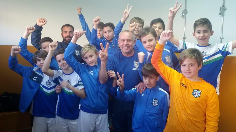 """Felicidades a nuestro Alevín """"B"""" por proclamarse campeón de liga."""